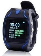 Носимый GPS трекер GS680