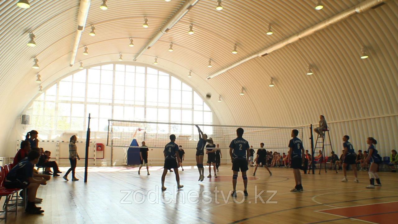 Строительство спортзалов, крытых полей и спортивных площадок, спортивных комплексов, теннисных кортов