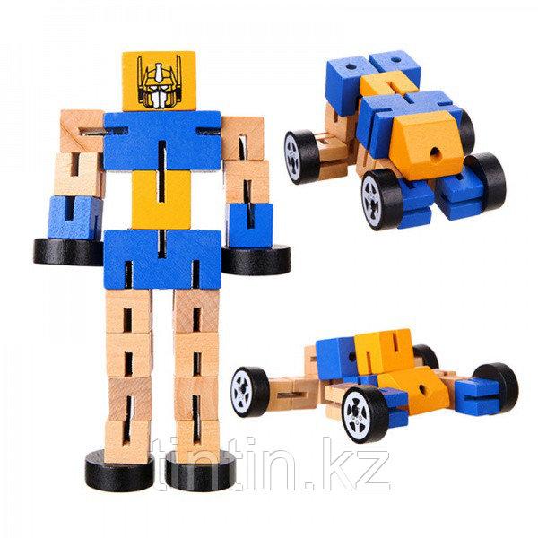 Деревянный робот-трансформер