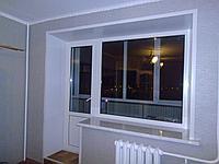 Пластиковые балконные двери с окном