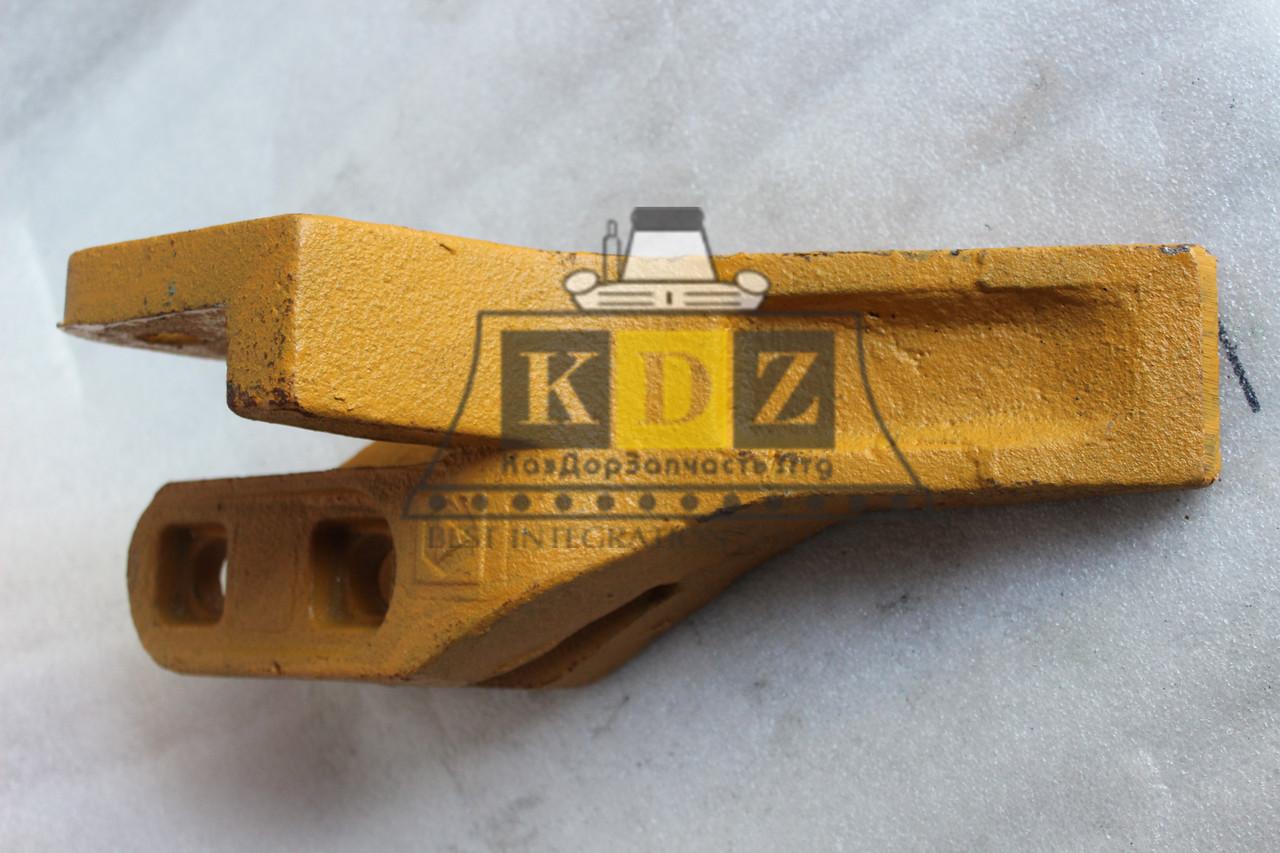 Зубья боковые правый (новый) 252101811 на погрузчик ZL50G, LW500F