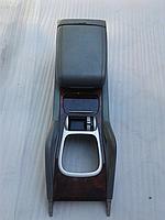 Консоль, подлокотник Porsche Cayenne 2003-2010