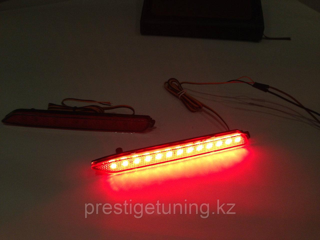 Задние LED вставки в бампер на Camry V50 2011-14 Красные Type 1