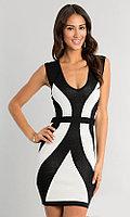 Черно-белое обтягивающее платье