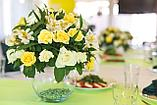 Цветы и свечи в вазе, фото 5