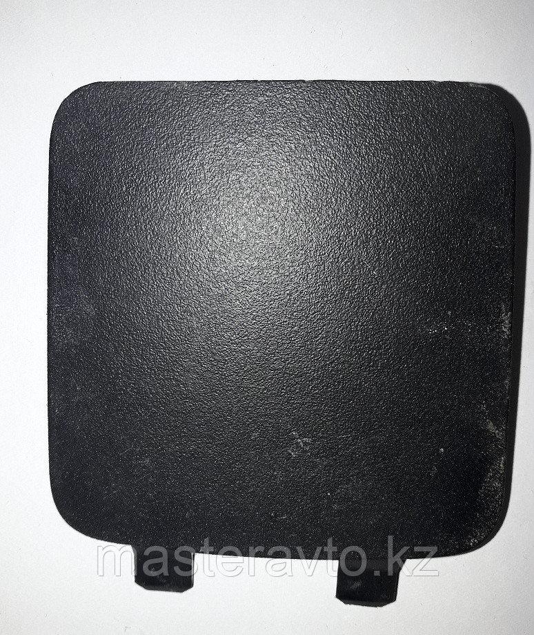 Заглушка на панель центральной консоли Mitsubishi L200 (KB) 2006-2016 (NEW)
