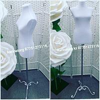 Манекен выставочный Евростандарт швейный женский на кованой ножке