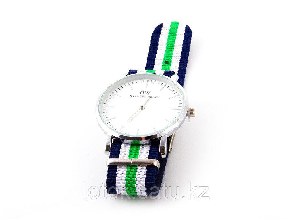 Часы наручные «DW» - фото 3