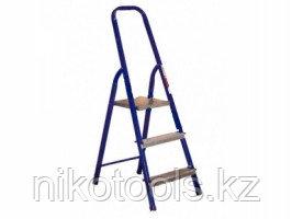 Стальная лестница-стремянка 3-х ступ Н=0,6/2,70м (М8303)