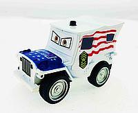 Сержант Америка - инерционная металлическая машинка.
