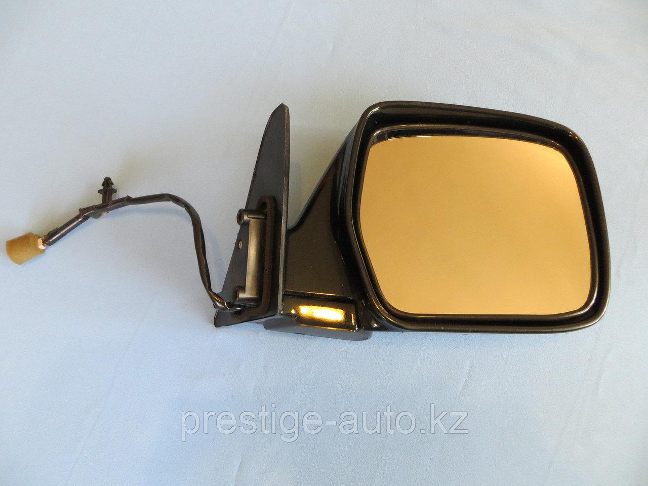 Правое зеркало на Toyota land cruiser 80