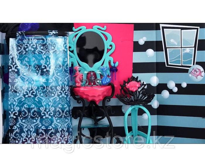 Душевая Monster High Лагуны Блю Lagoona Blue Shower and Vanity Playset - фото 2