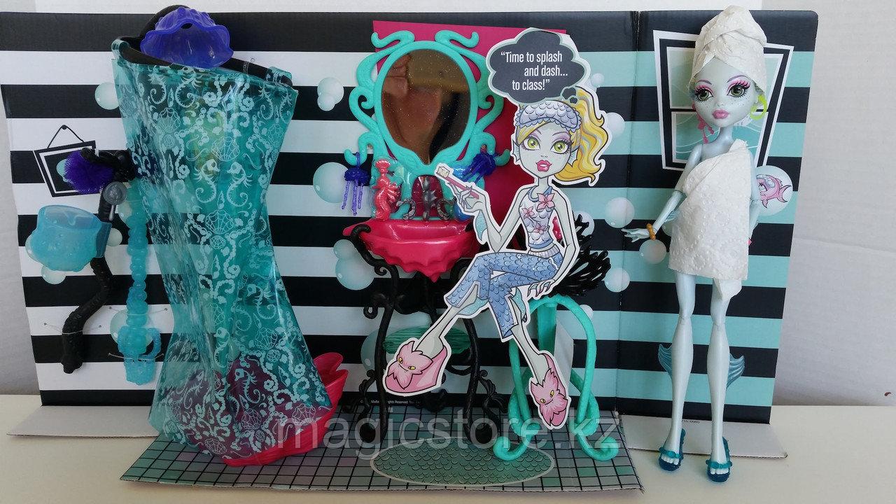 Душевая Monster High Лагуны Блю Lagoona Blue Shower and Vanity Playset - фото 5