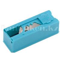 Лезвия, 19 мм, трапециевидные крючкообразные, пластиковый пенал, 12 шт.// GROSS 79379 (002)