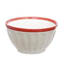 Миска керамическая 14,3*8 см с красной каймой.
