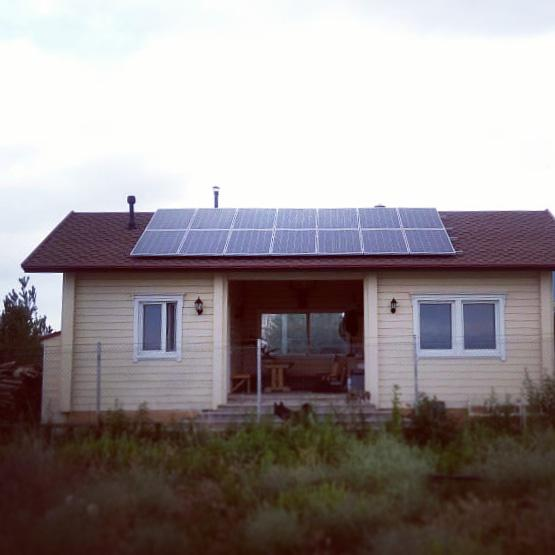 Солнечная электрическая 30 кВт*ч и водонагревательная станция в Алматинской обл., г. Капшагай