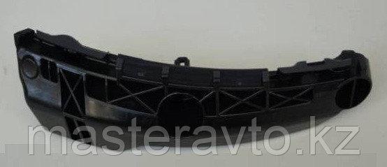 Направляющая заднего бампера правая RAV 4 06-13 Б/У