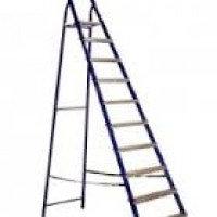 Стальная лестница-стремянка 10-и ступ Н=2,08/4,10м (М8410)