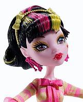 Кукла Monster High Дракулаура Арт Класс Art Class Draculaura