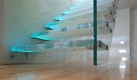 Стеклянные перила и лестницы
