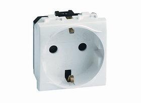 DKC 76482B Электрическая розетка с заземлением, со шторками, белая, 2мод.