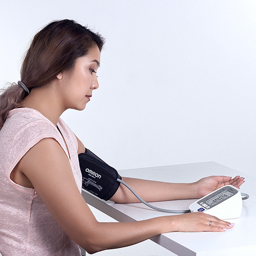 ТОНОМЕТР OMRON M3 Expert (манжета 22-42 см, адаптер) автоматический на плечо - фото 6