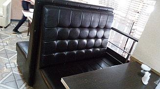 Двухместный диван для кафе и ресторанов