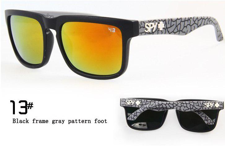 Солнцезащитные очки SPY+  черная оправа, серые дужки