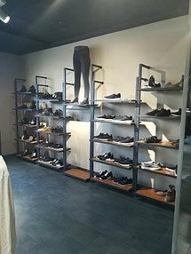 Торговое оборудование для сети магазинов одежды ZERO.  8