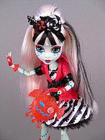 Кукла Monster High Фрэнки Штейн Сладкий кошмар Sweet Screams Frankie Stein Exclusive Doll