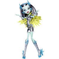Кукла Monster High Фрэнки Штейн Супергерои Frankie Stein Superhero Voltageous