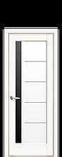"""Дверь """"Грета"""" с чёрным стеклом белый матовый"""