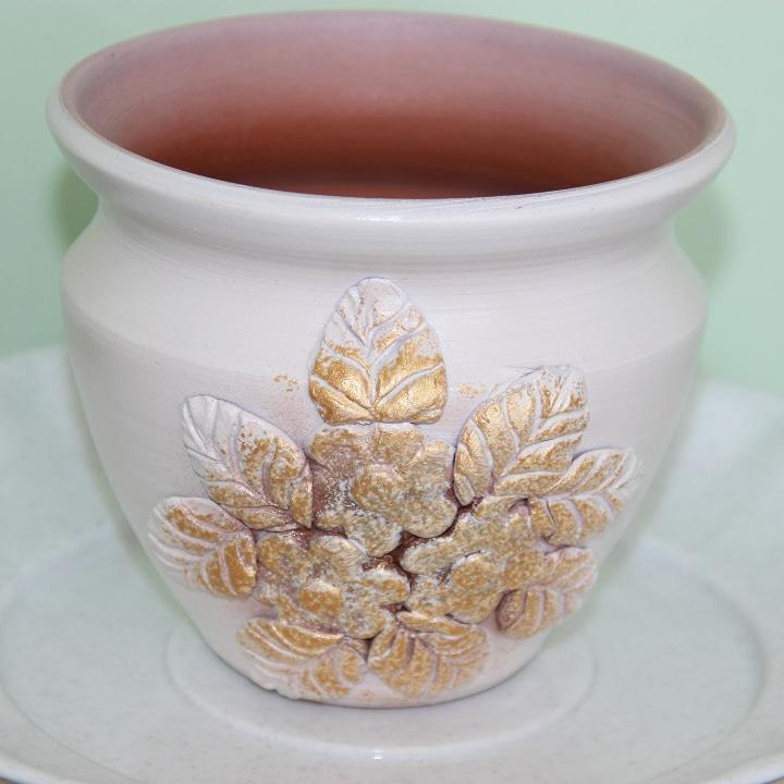 Керамический горшок для цветов .2 л