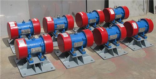 Силовой вибрационный электродвигатель ZFB