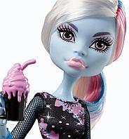 Кукла Monster High Эбби Боминейбл Кофейное зернышко Abbey Bominable Coffin Bean Doll, фото 1
