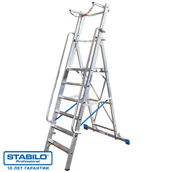 Лестница-стремянка оборудованная большой платформой и дугой безопасности 9 ступ. KRAUSE STABILO