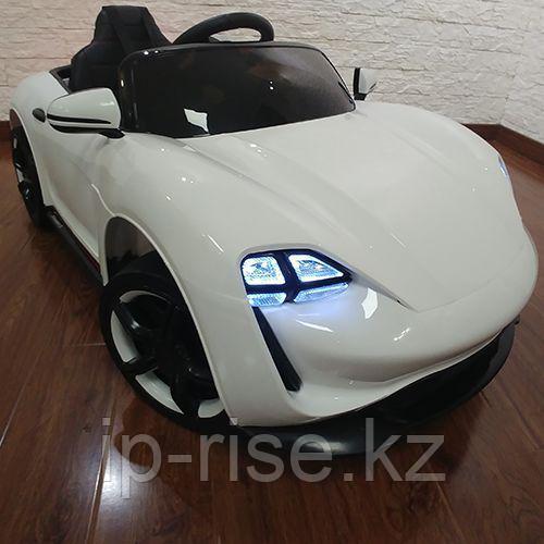 Детский электромобиль Porsche Spyder concept