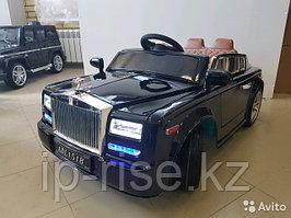 Детский электромобиль Rolls Royce Phantom