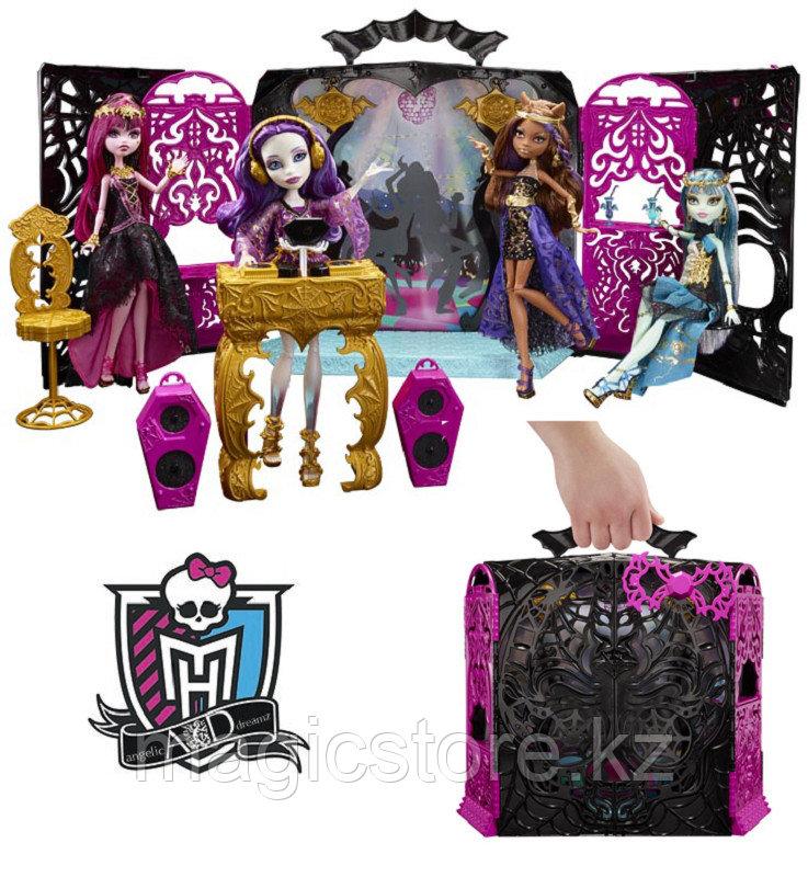 Набор с куклой Monster High Спектра Вондергейст Комната Для Вечеринки - фото 1