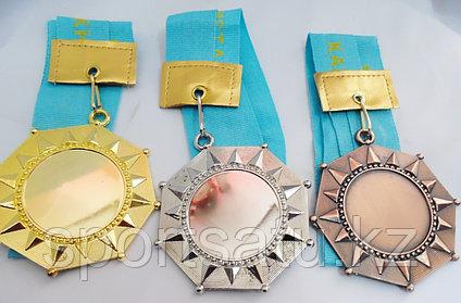 Наградные медали (спортивная медаль)