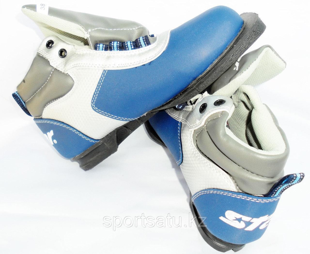 Лыжные ботинки STAR