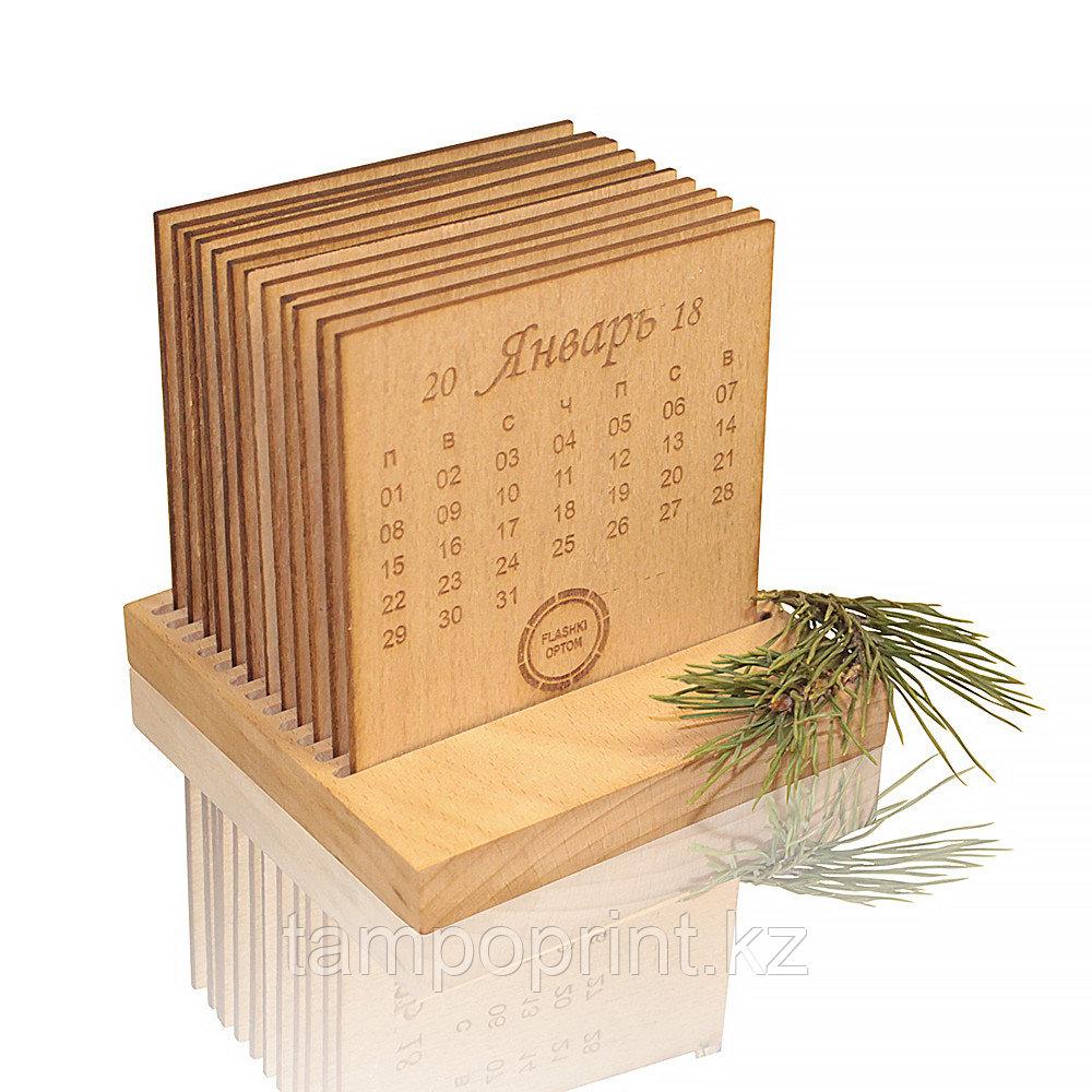 Настольный календарь DS028 с блоками из шпона