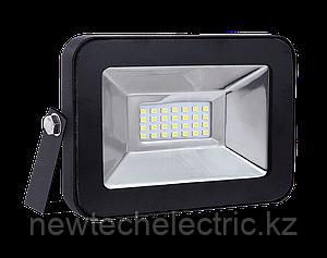 Прожектор СДО-5-20 серия PRO LED 20Вт IP65 6500К 1500лм LLT