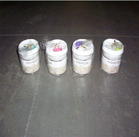 Пластиковая круглая банка с крышкой