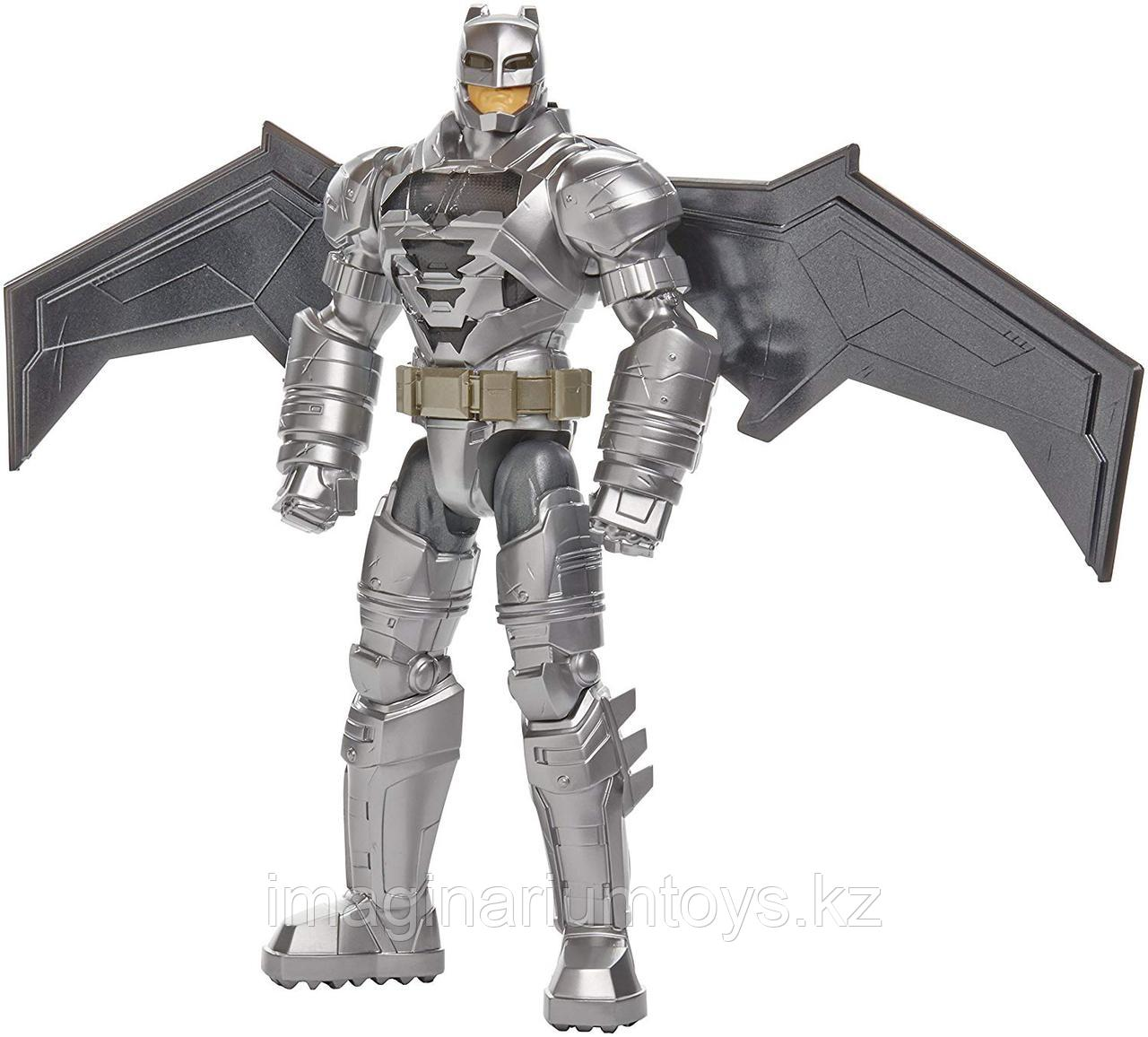 Фигурка интерактивная «Бэтмен» Batman 30 см