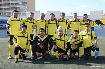 г. Актау (Футбольная форма Kit CROCE giallo/azzurro)