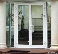 Двери двойное остекление распашные двухстворчатые под ключ