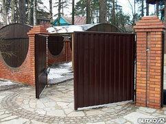 Распашные ворота с приводом