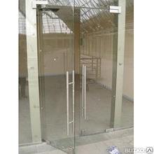 Стеклянные двери  с доставкой и установкой