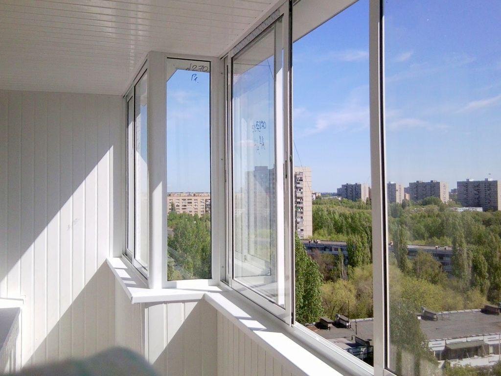 Балконные окна с установкой